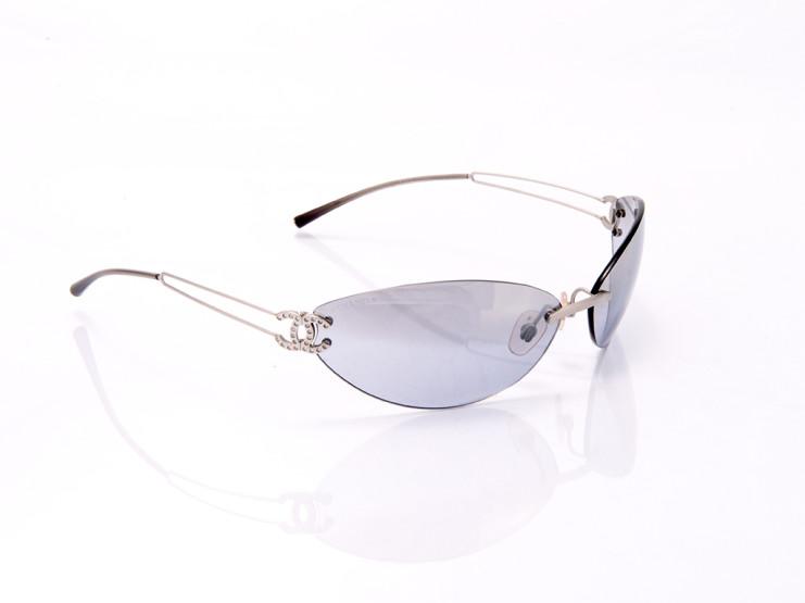occhiali da sole donna con mezza montatura e lenti anti riflesso