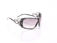 occhiale da sole fashion con lenti ornate e sottili