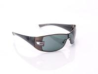 occhiale da sole uomo gucci con lenti bifocali e montatura in titanio nera
